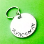 Long distance gift for Boyfriend Roman numbers Personalised gift, Anniversary gift for him Boyfriend keychain Wedding favours, Engraved date